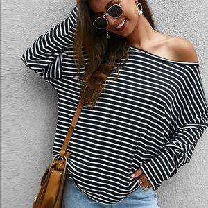 Black white striped oversized tee long sleeve